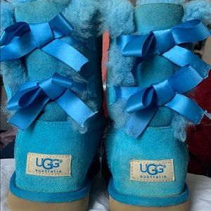 UGG (sz 4) Bailey Bows Boots